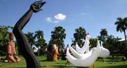 DwnTwn Art Days, Downtown Miami, Giants in the City, Public Art, Miami Art Scene, miami art , art in miami, inflatable sculptures, art in public spaces, outdoor sculptures, downtown art days miami, miami art, art lovers ,art collectors, Wynwood